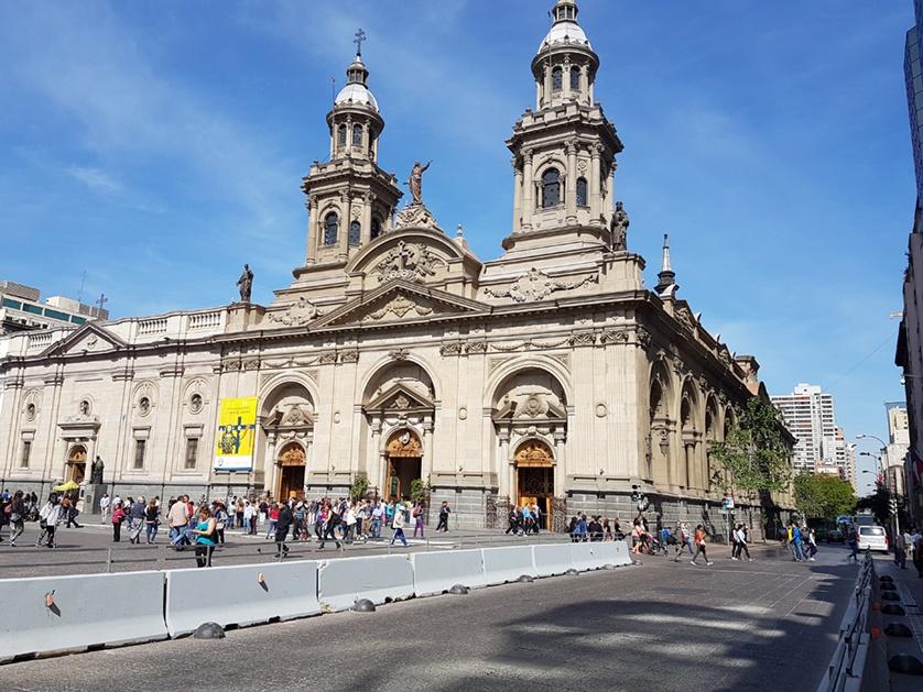 Catedral Metropolitana na Plaza das Armas