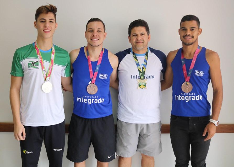 Da esquerda para direita: Matheus, Bruno, Carlos e  José