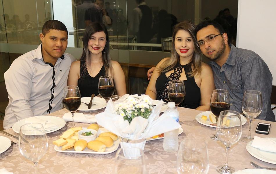 Jantar aconteceu na Afiin