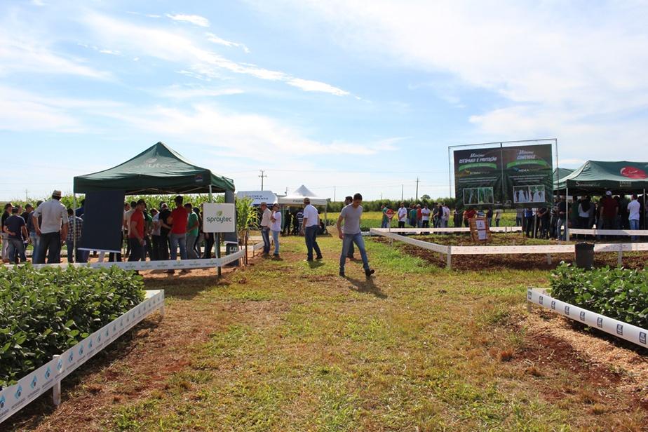Público acompanha apresentação dos trabalhos desenvolvidos