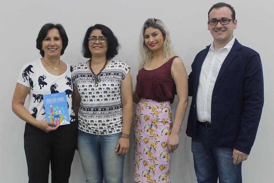 Pré-lançamento do livro Conexão Enade: uma abordagem multidisciplinar