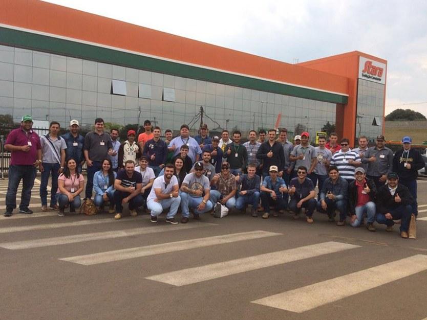 Acadêmicos realizaram visita técnica à empresa do Rio Grande do Sul