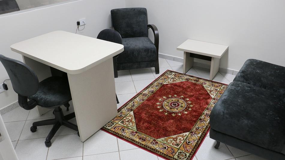 O serviço conta com quatro salas de atendimento psicológico individual