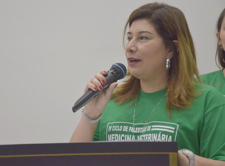 Coordenadora do curso, Roberta Ribeiro Fernandes