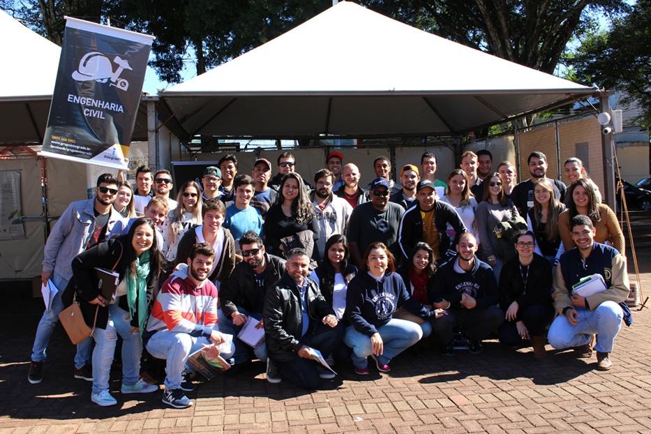 Faculdade Integrado marcou presença com estande na III FECON