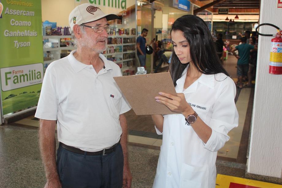 Informações sobre a saúde e os hábitos dos pacientes foram coletadas