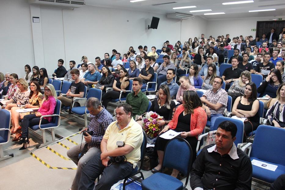 Cerca de 200 acadêmicos do curso de Direito estiveram presentes