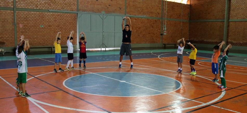 Prática esportiva ajuda no desenvolvimento social e humano