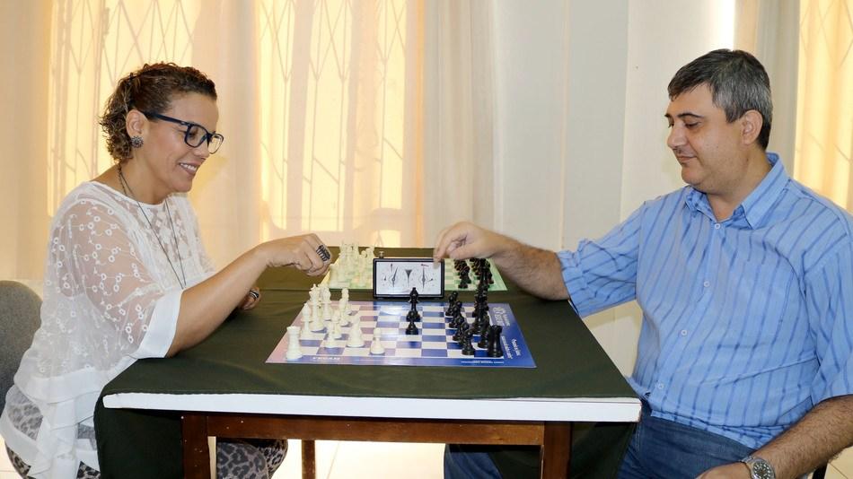 Xadrez: um esporte educacional vai ganhar as escolas da região