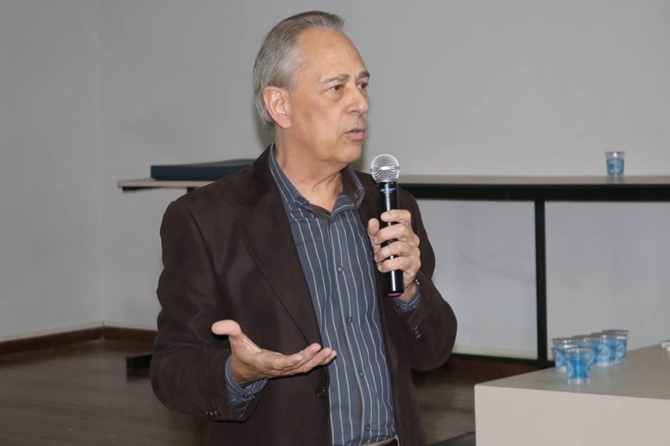 No segundo dia do evento, foi realizada uma palestra com Sérgio Longaretti