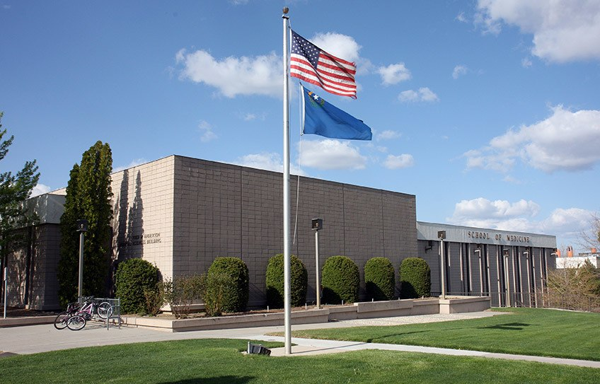 Um dos prédios da Universidade de Nevada, Reno
