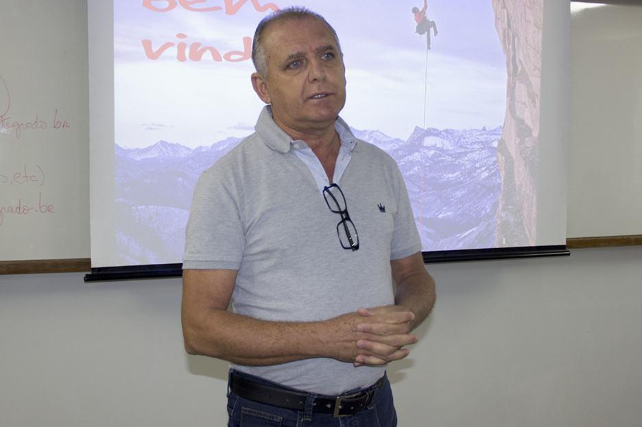 Professor Jesus Crepaldi, coordenador dos cursos de Gestão