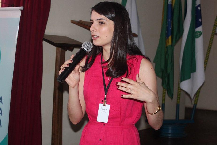 Thaís, coordenadora do curso de Psicologia
