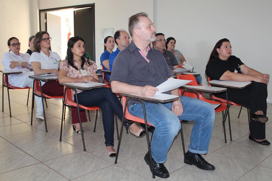 Apresentação do curso para o Hospital Santa Casa de Campo Mourão