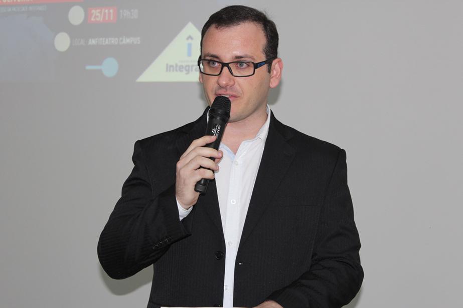 Rafael Zampar, supervisor de extensão e professor de Ciências Biológicas