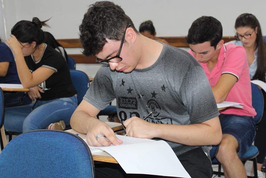 Também é possível ingressar no Ensino Superior pela nota do Enem