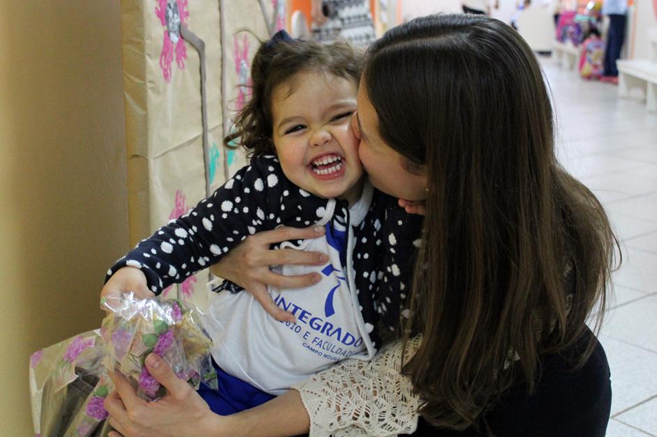 Fernanda com a filha Nina
