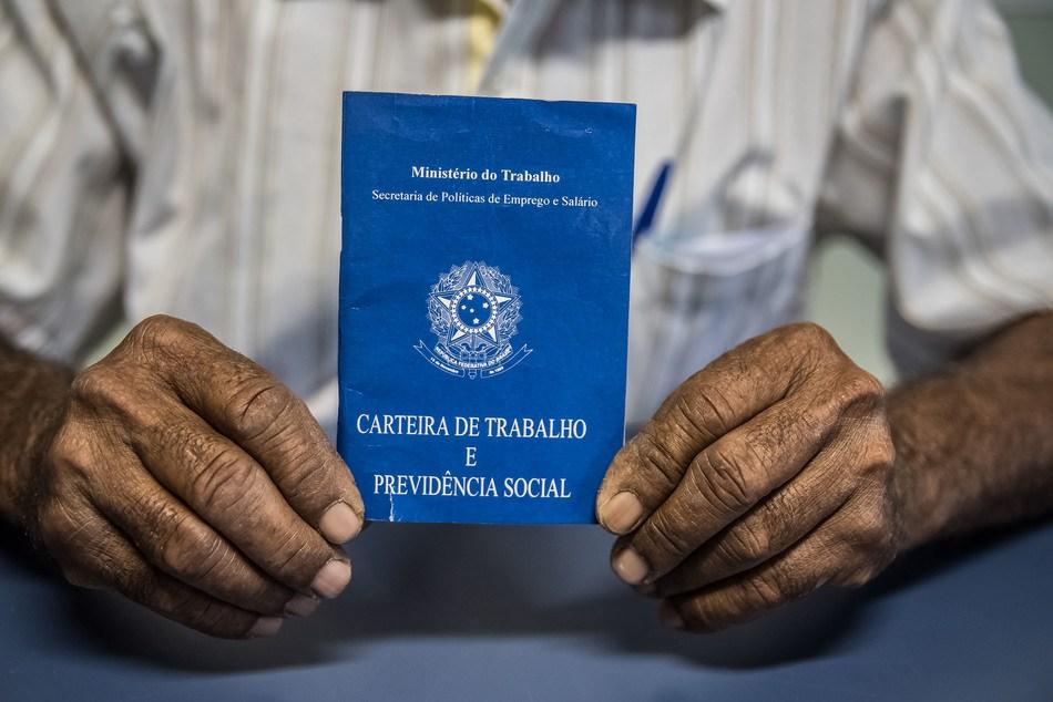 Leis trabalhistas e previdenciárias sofreram alterações recentemente