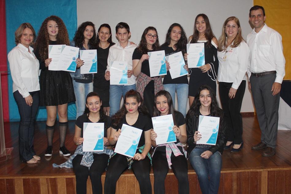 Dyned possibilita aos estudantes alcançar certificados internacionais