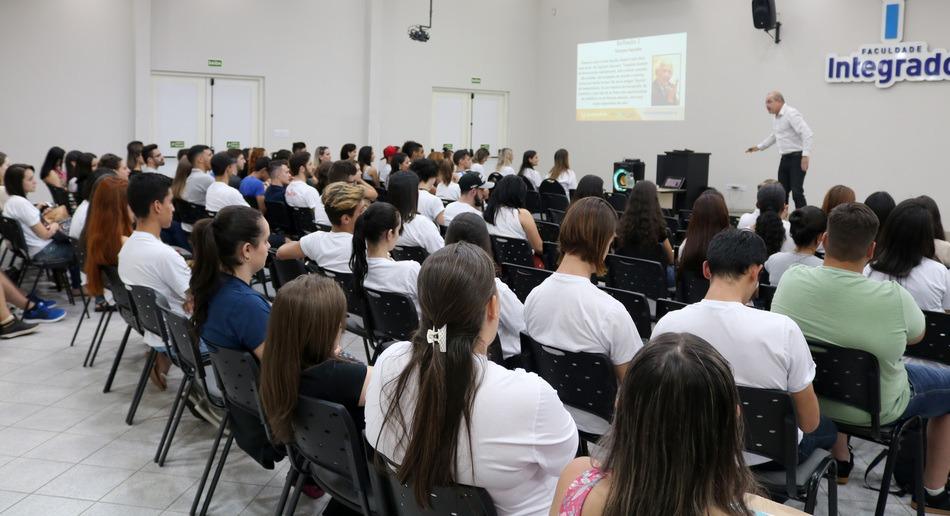 Cerca de 180 acadêmicos do Centro Universitário Integrado irão fazer a prova este ano