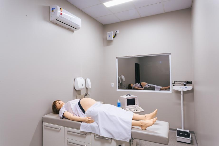 Laboratório de Habilidades Médicas - consultório ginecológico