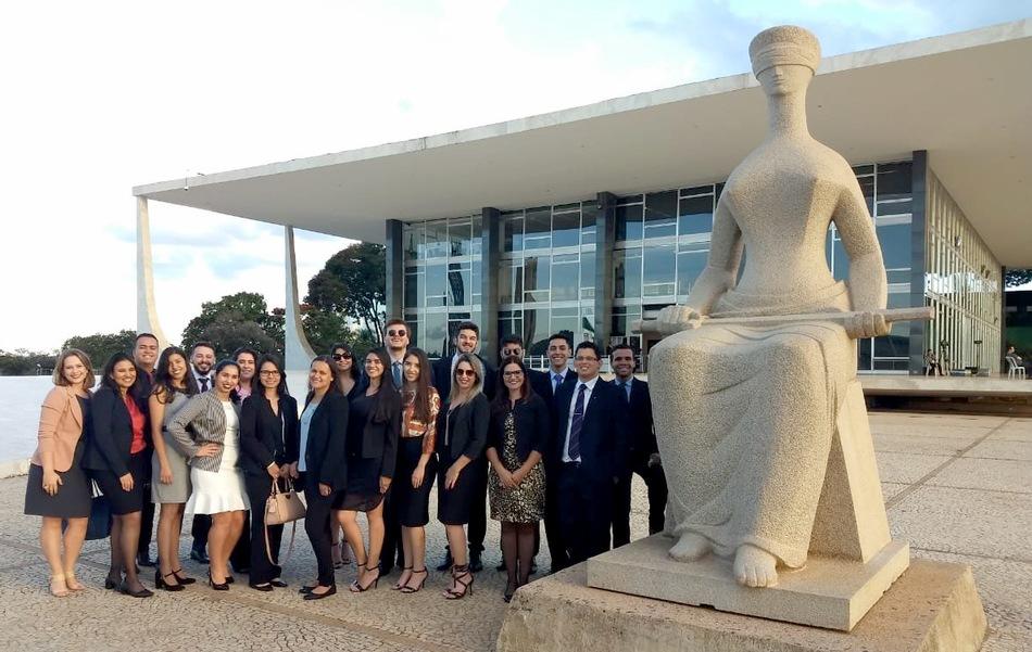 Grupo visitou tribunais e estruturas dos três poderes