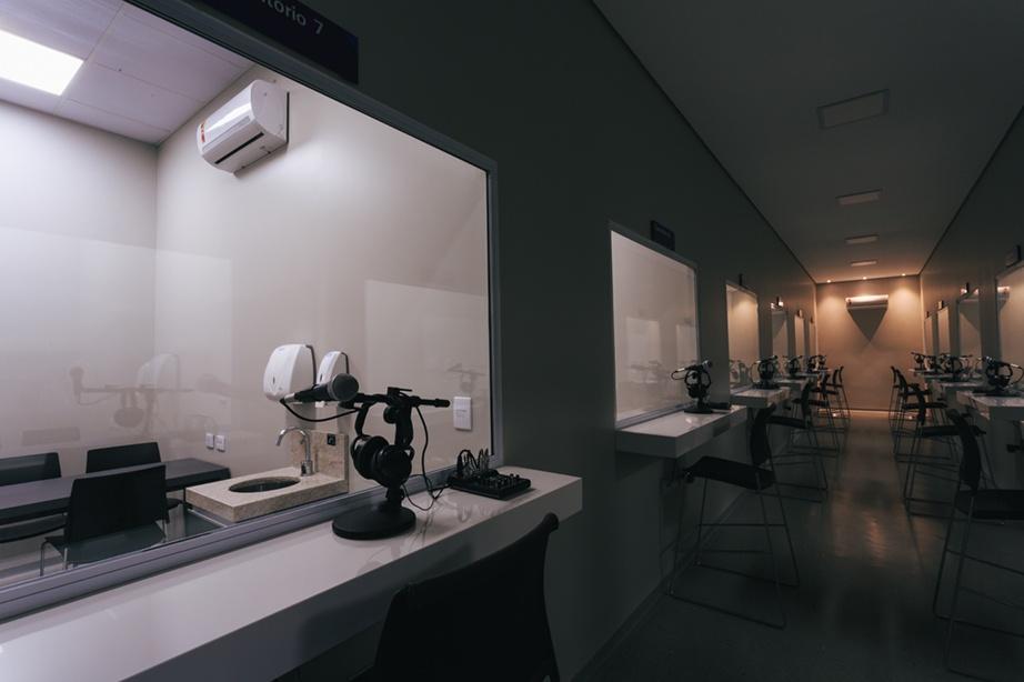 Laboratório de Habilidades Médicas - sala na qual acontece a observação do atendimento