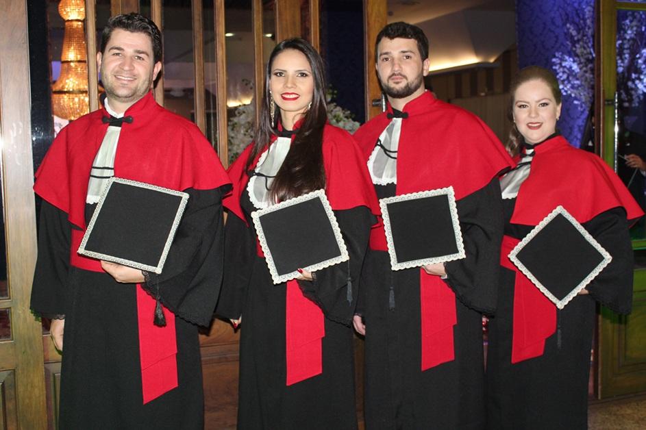 Com essa colação de grau, a Faculdade ultrapassou o número de cinco mil formandos