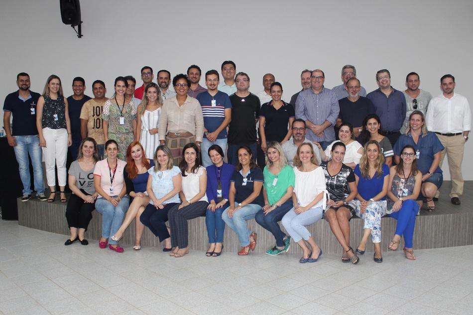 Profissionais no primeiro encontro da capacitação em metodologias ativas