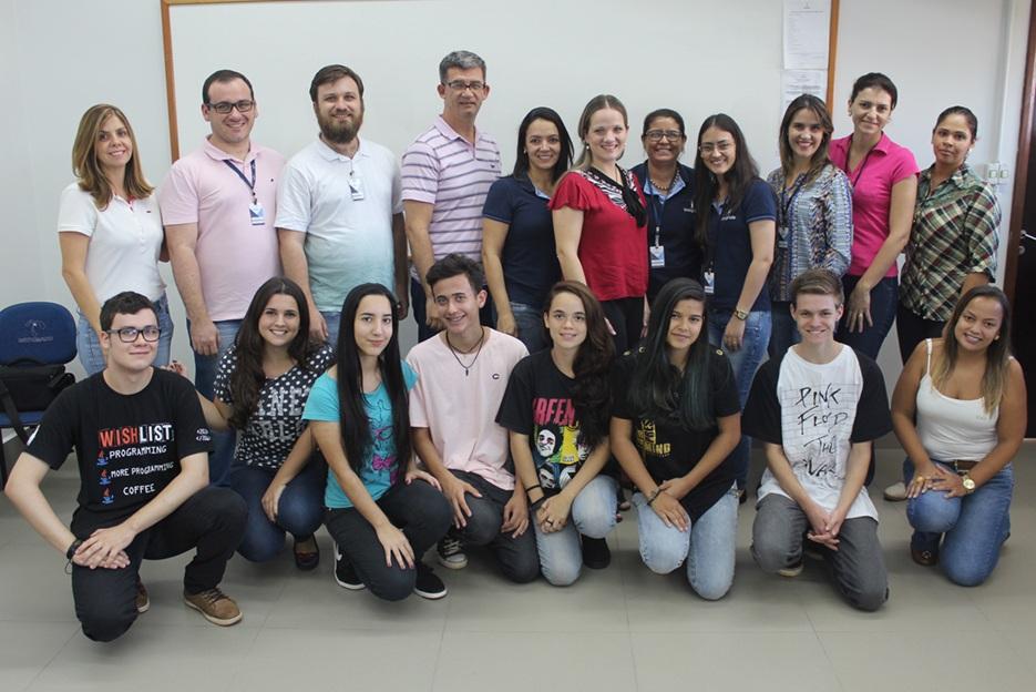 Participantes do Programa Institucional de Bolsas de Iniciação Científica para o Ensino Médio (PIBIC-EM)
