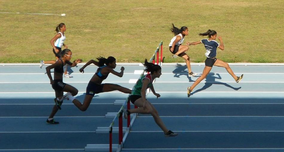 Atletas do gênero feminino conseguiram atingir resultados melhores que os atletas do gênero masculino