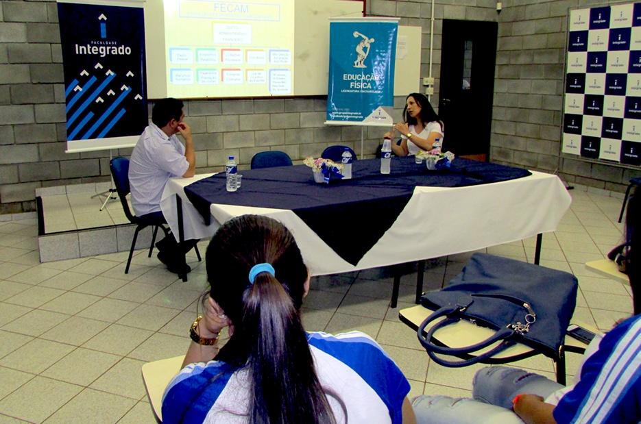 Mesa Redonda Fórum de Políticas Públicas de Esporte, Lazer e Saúde Coletiva