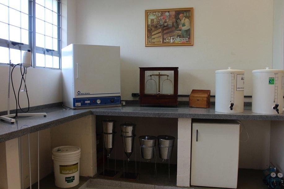 Laboratório de Manipulação Farmacêutica foi reformado