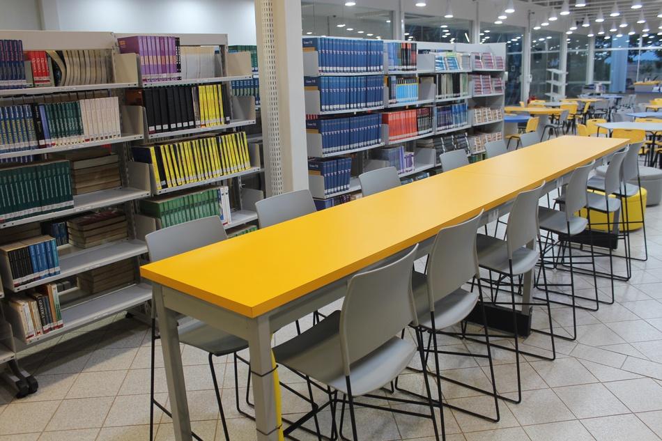 A biblioteca do Grupo Integrado é responsável pela hemeroteca. Na foto, unidade do campus que, em 2016, foi inteiramente modernizada