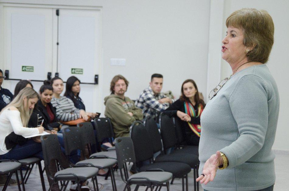 Palestrante deu dicas sobre o mercado de trabalho