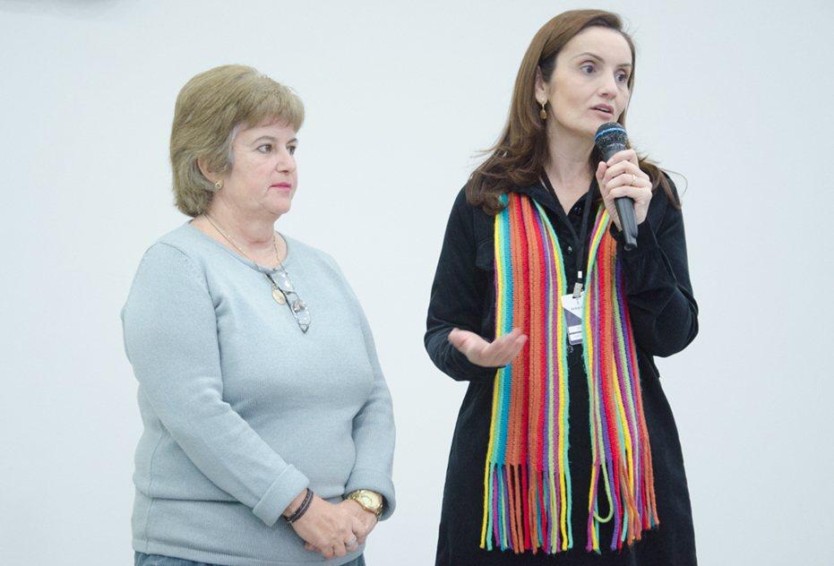 Palestrante Julieta Lima (esq.) com a coordenadora Rubya Vieira de Mello Campos