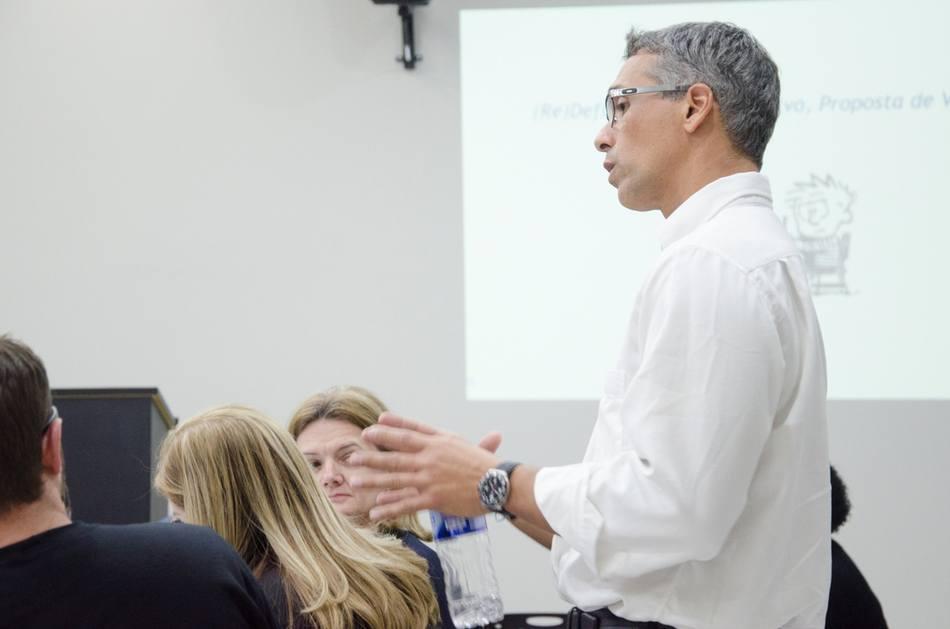 O consultor educacional, Alexandre Nogueira, foi o responsável pela palestra