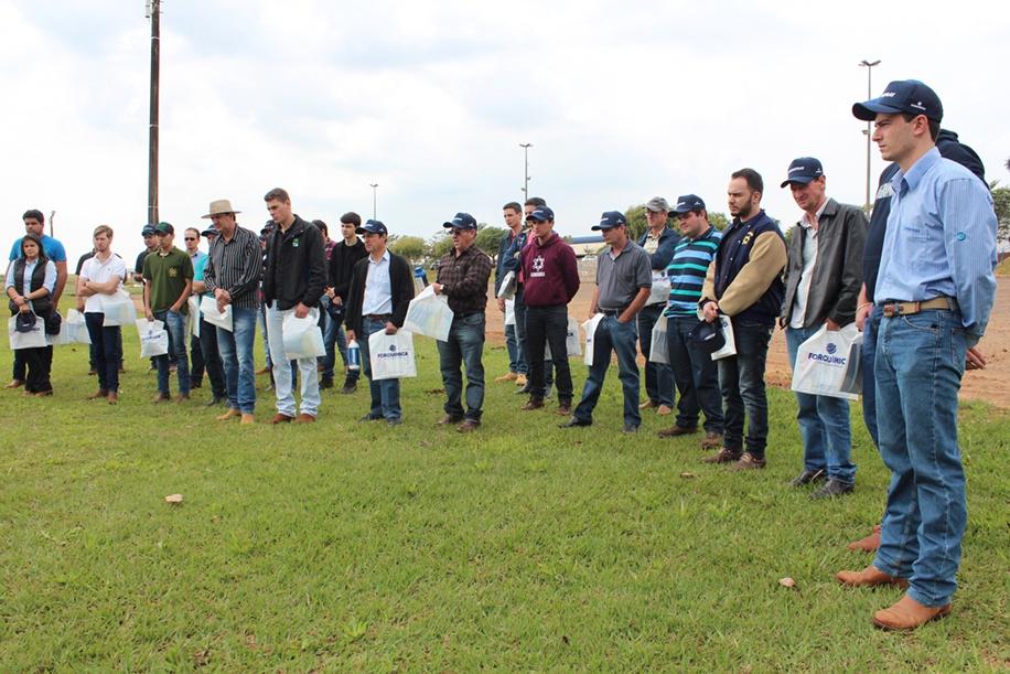 Evento reuniu agricultores, estudantes e professores do curso de Agronomia da Faculdade Integrado
