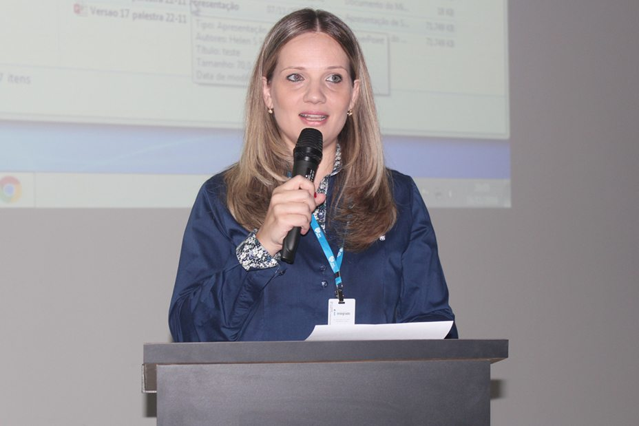 A coordenadora do curso de Biomedicina, Rejane
