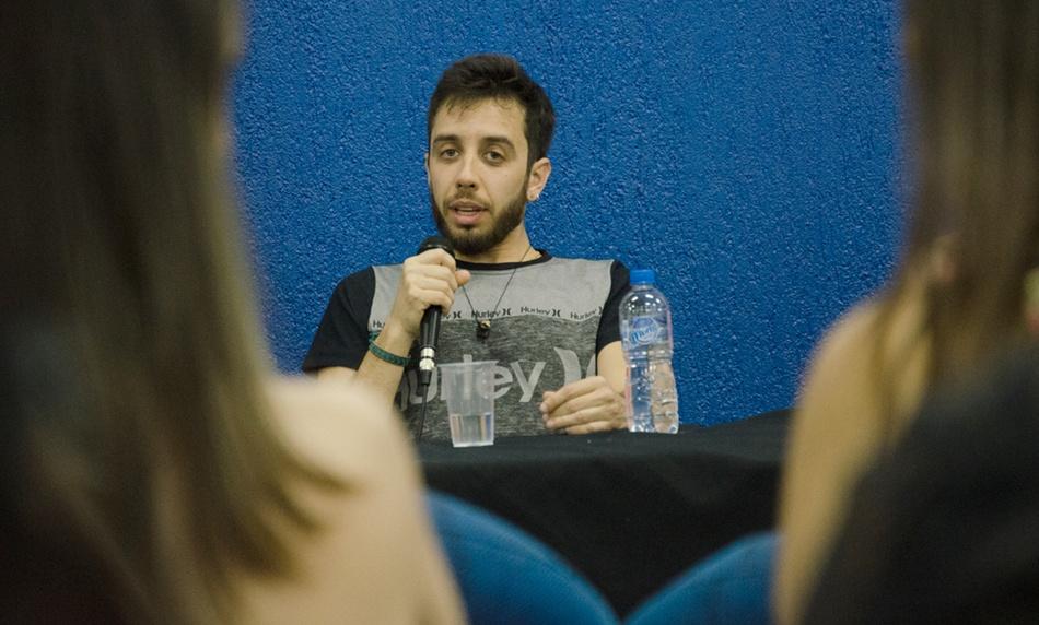 A mesa-redonda teve participação de quatro egressos da Faculdade Integrado