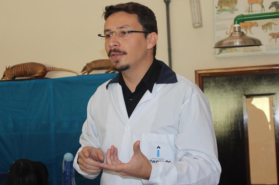 Professor Tiago Feitoza