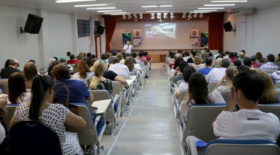 Pais e acompanhantes conhecem mais sobre o curso de Medicina do Integrado