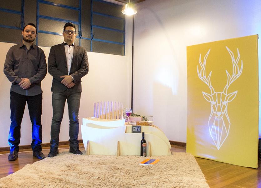 Adriano da Silva, presidente da Ártemis Home Office, e Thiago Rossetin, diretor administrativo