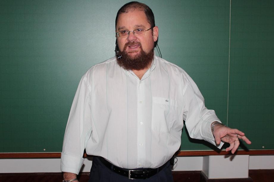 Roberto Recinella esteve presente na capacitação pedagógica