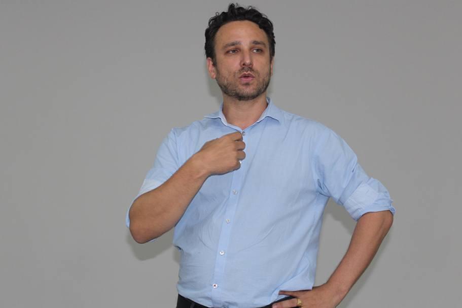 O oftalmologista Marcelo foi responsável pela palestra