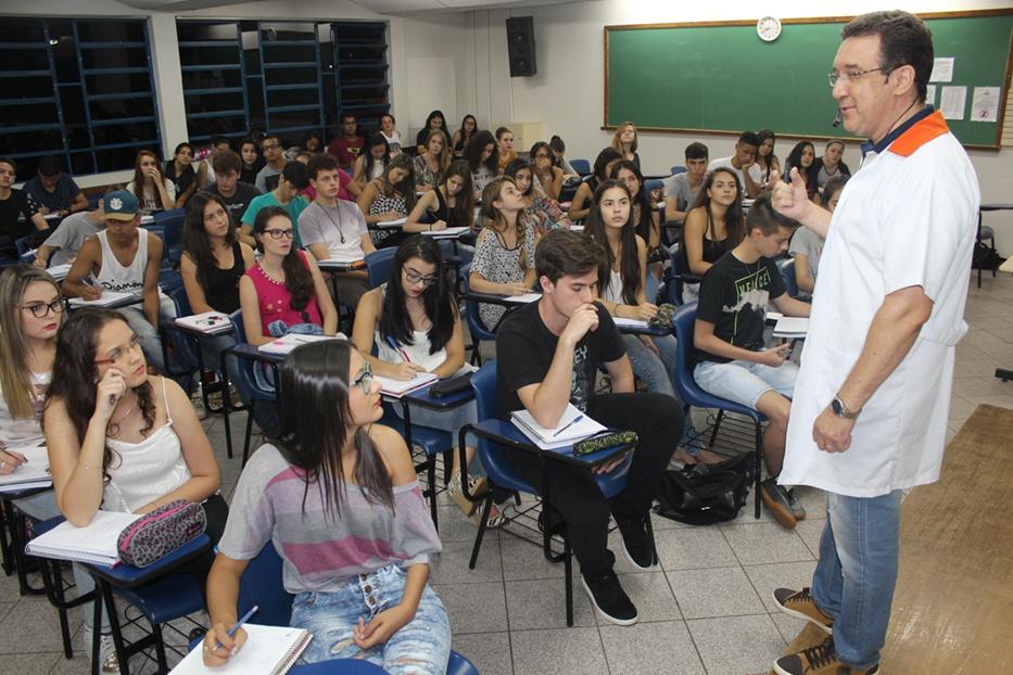 Cursinho e Colégio Integrado tiveram várias aprovações no vestibular da UEM